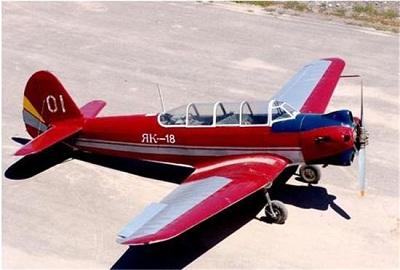 4月4日,一架属于雷鸟飞行表演队f-16战斗机坠毁在内华达州的内利斯